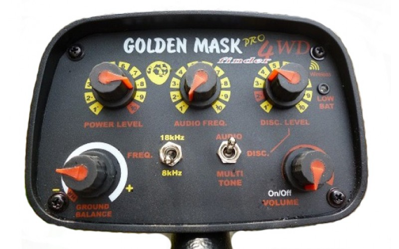 Golden Mask 4WD